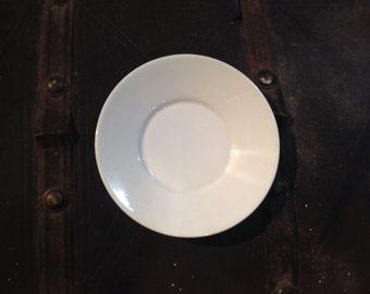 "Vintage Arabia of Finland Wartsila Pitsi White Pattern saucer ""8-72"""