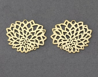 Flower Brass Connector . Jewelry Craft Supply . 16K Matte Gold Plated over Brass  / 4 Pcs - AC053-MG