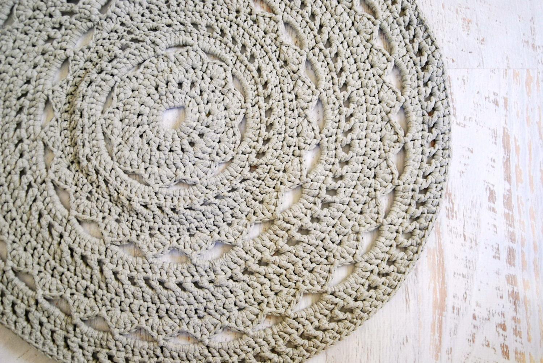 Crocheting Round Rugs : Round Doily Mandala Rug Crochet T-shirt Zpagetti by DeliriumDecor