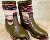 Handcrafted Moroccan White Kilim Boot in Green Ostrich Leather - Size 38