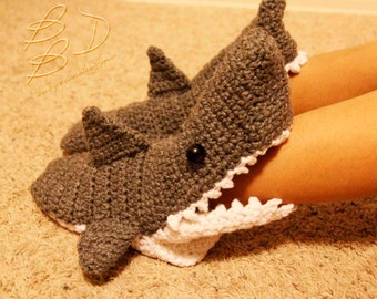 Crochet Shark Shoes Free Pattern : Crocheted Shark Slipper Socks