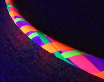 "UV Circus Blacklight Reactive Glowing Custom Collapsible 5/8"" or 3/4"" PolyPro Hula Hoop w/ Spring Push Button Connector"