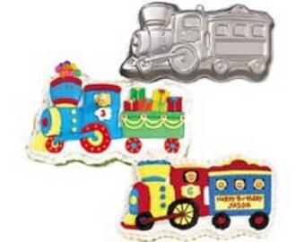train cake pan, shaped cake pan, wilton pan, cake decorating, train cake