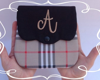 Monogrammed personalized purse brown and black.
