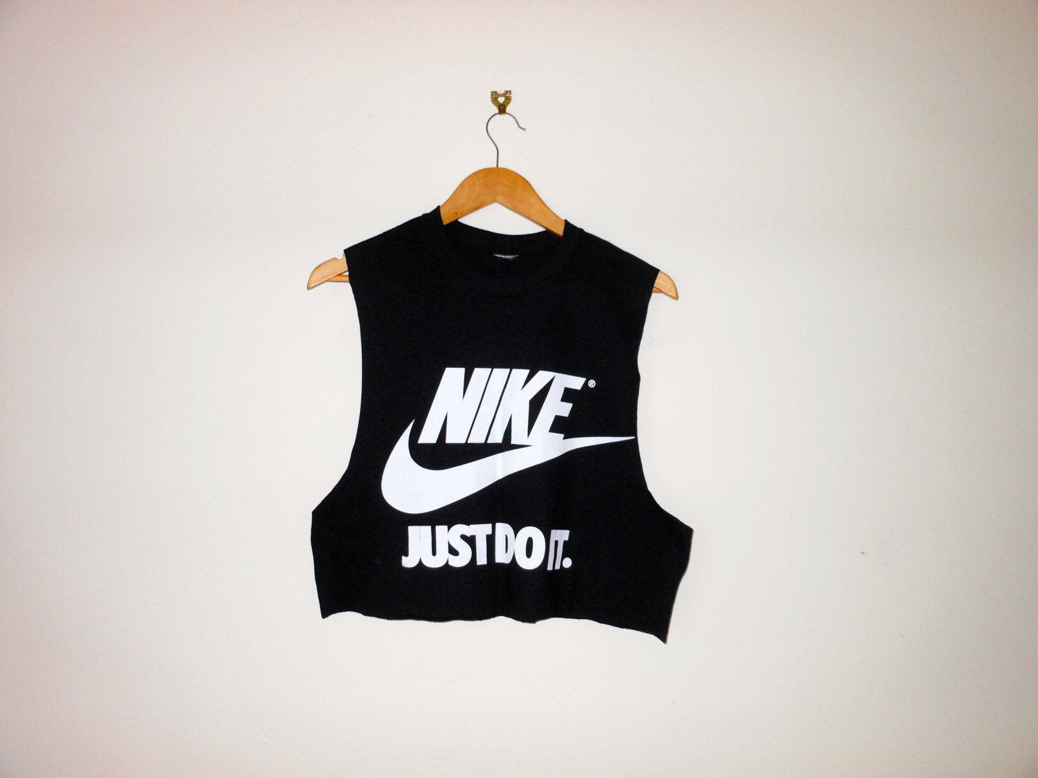 classic nike just do it swag style crop top by 0bubblegumboutique0. Black Bedroom Furniture Sets. Home Design Ideas