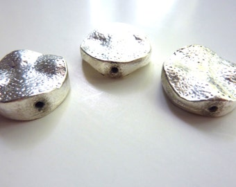 Silver-tone 20mm round beads