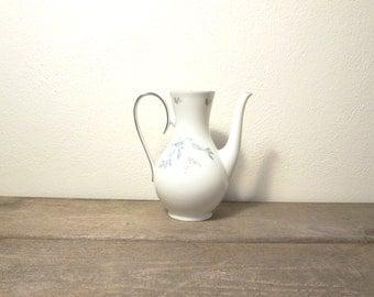 Vintage Teapot / White Teapot / Mid Century Teapot / Floral Teapot / Teapot Vase / Wedding Vase
