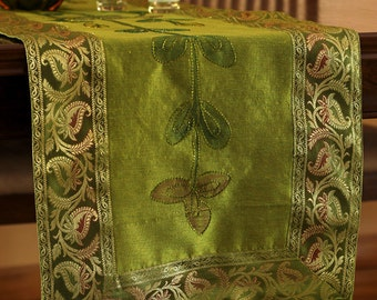 Hand Painted 72-Inch by 17-Inch Table Runner (Citrus Green)