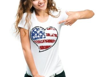 USA  Distressed Flag Heart Cool  Ladies 4th July Ladies T-shirt Tee Shirt