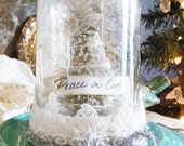Peace on Earth Waterless Snow Globe - TheVintiqueBoutique