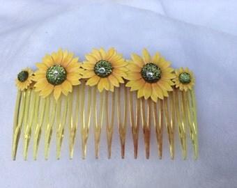 Sunflower hair comb - hair  accessories - embellishments - rhinestones - gemstones - yellow, green