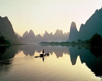 Fisherman on Li river, Guilin, China - Nature Landscape photogaphy