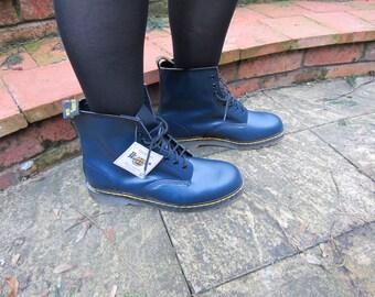 Dr Marten Navy Boots