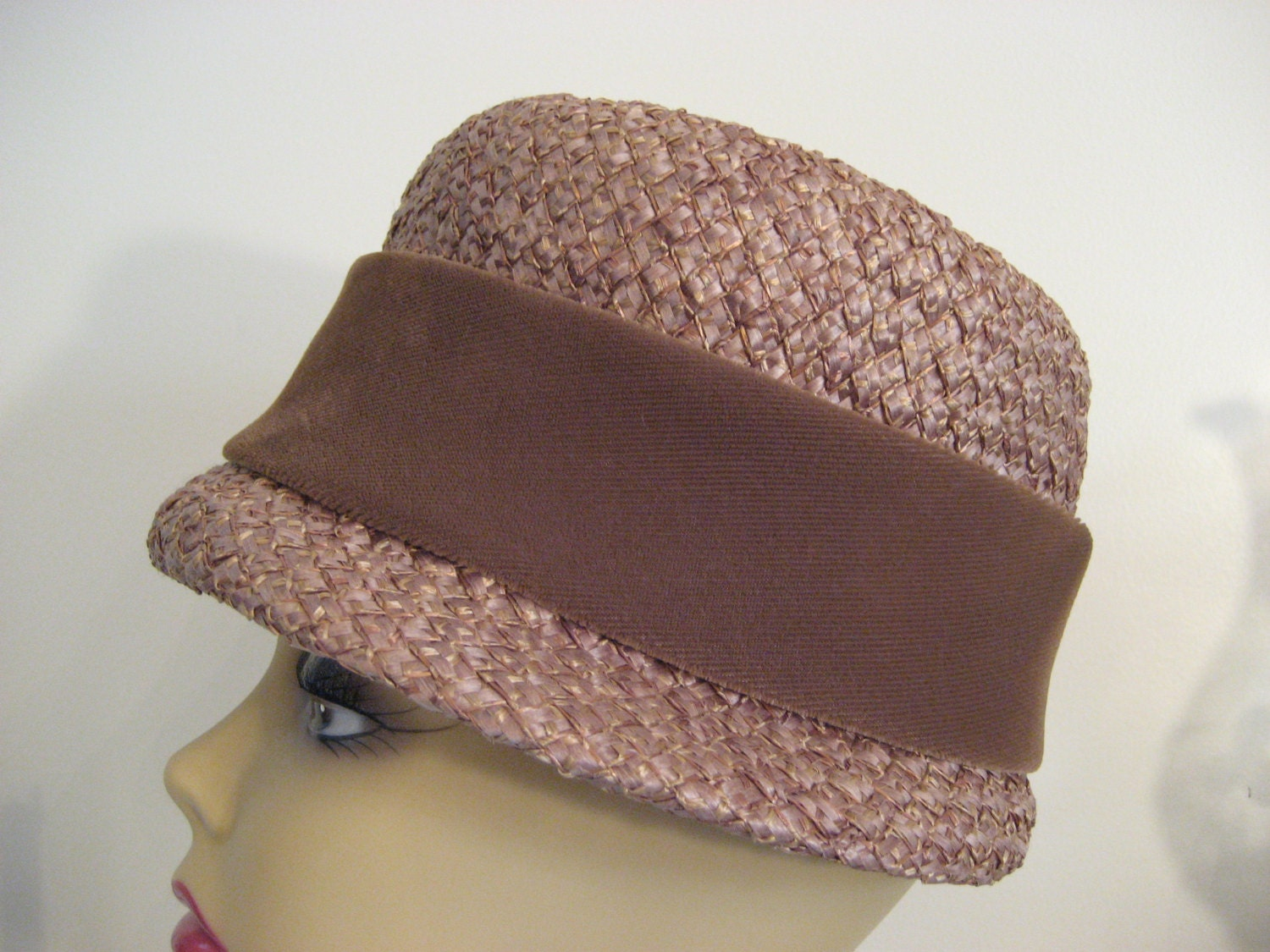 vintage 1940s cloche womens hat with chocolate by mymamasdream