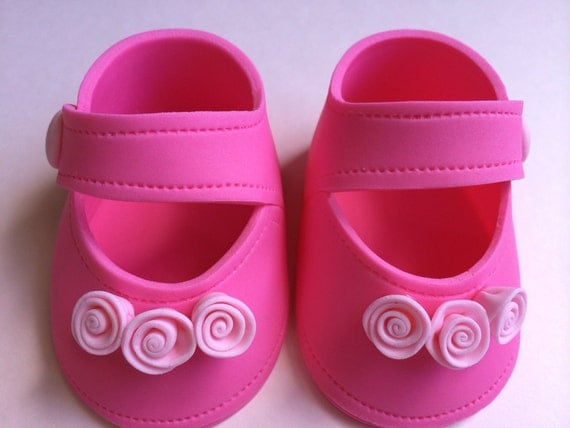 Shoe baby shower Hot pink girl shoes gum paste fondant for