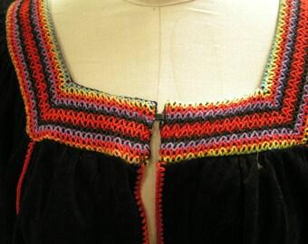 boho embroidered capelet