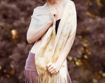 Beige Doré hand woven shawl