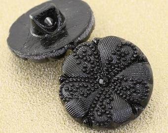 Vintage Queen Victoria Button. Black