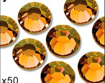 1 pack of 50 sun diamante. Hot fix. Size 5mm/ss20. JR02320