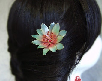 Beautiful transparent the blue water lily/Lotus hair stick//hair comb/ Bridal headpieces/ Kanzashi/hair clip/red/hair slide/asian tradition