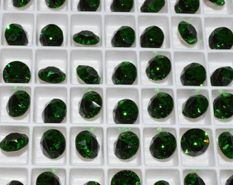 6 Dark Moss Green 8mm SWAROVSKI ELEMENTS crystal 1088 ss39 Chatons