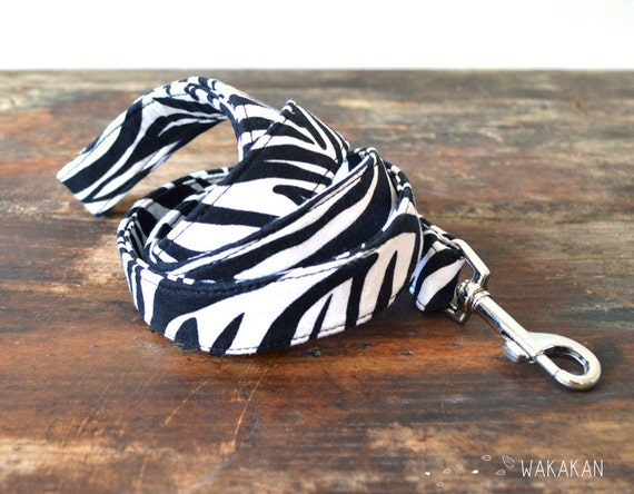 Zebra animal print dog Leash.100% cotton fabric with metal buckle. Elegant and chic. Handmade by Wakakan