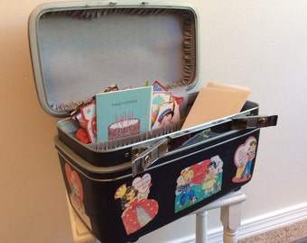 Upcycled Vintage Train Case with Valentines