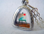 Miniature Easel with Painting Locket Necklace, Miniature Canvas, Diorama Pendant, Glass Locket Necklace, OOAK Pendant