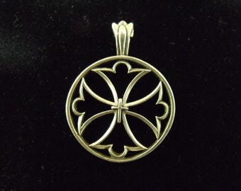 Sterling Silver Maltese Cross Cut Out Pendant  - .925  7.2 grams