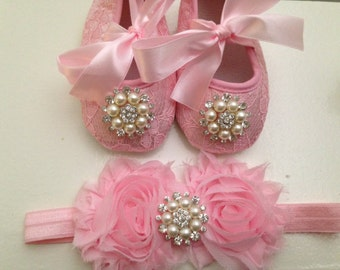 Pink Lace baby shoes and headband set---Newborn rhinestone pink lace shoes--baby pink headband