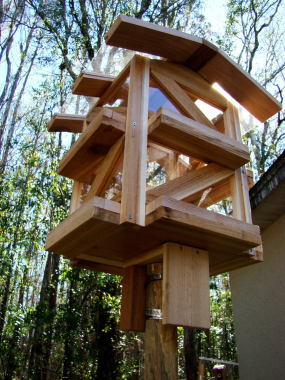 Cedar Wood Gazebo Bird Feeder Dispenses By