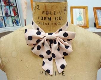 Ladies' Bowtie (Light pink w/black polka dots)