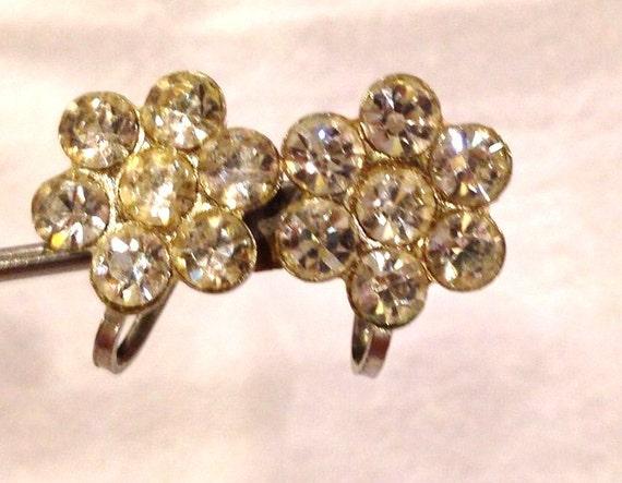 vintage rhinestone flower earrings silver by