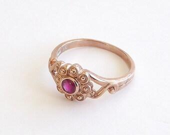 Daisy Ruby Ring