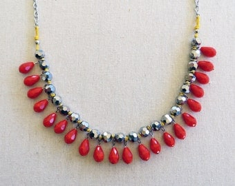 The Tulipe Drop Statement Necklace