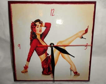 """Handmade wooden wall clock """"Pin up girl"""" decoupage clock 20 cm x 20 cm/7.9 in x 7.9 in made to order"""