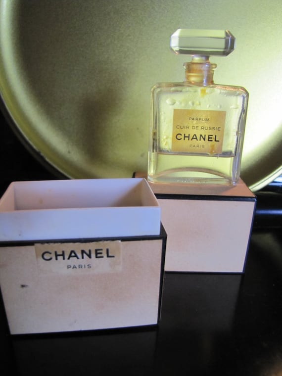 rare chanel vintage cuir de russie bottle with box by jakvintage. Black Bedroom Furniture Sets. Home Design Ideas