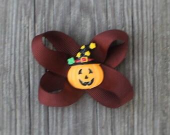Halloween Hair Bow clip for girls,toddlers,tweens,teens,adults - Brown Grossgrain ribbon hairbow with Orange Halloween pumpkin resin