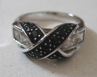 Onyx Infinity vintage sterling silver Ring size 7.5