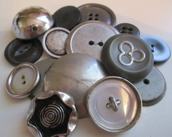 Vintage buttons. Large, assorted metal and metalized plastic silver, lot of 15 buttons (54)