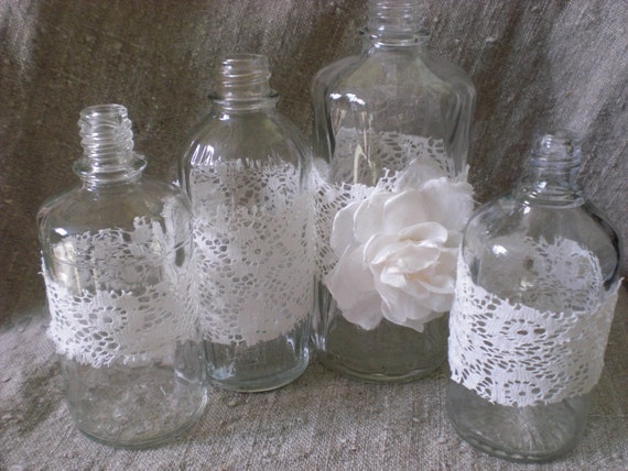 4 shabby wedding table centerpiece perfume bottle lace flowers for Vase weihnachtlich dekorieren