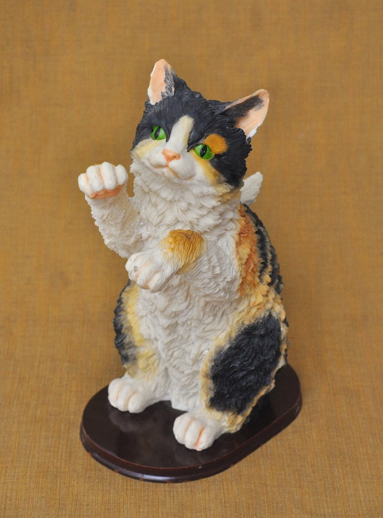Large Realistic Stone Resin Calico Cat Figurine With Green