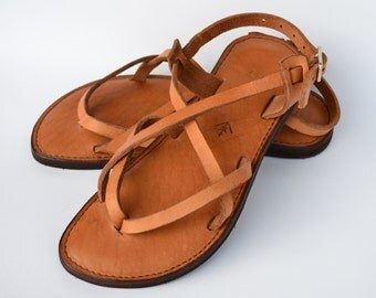 leather sandals, women's sandals, camel sandals, brown sandals, sandals, flat sandals, strap sandals, adjustable sandals, comfort sandals