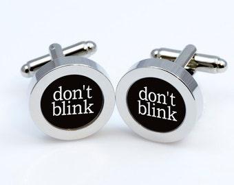 Cufflinks Doctor Who DON'T BLINK  cufflink Doctor Who  Cufflinks men accessories cuff links