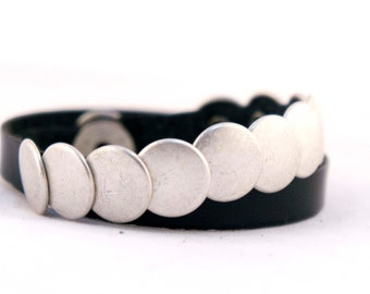 CHAPONELLA turns leather and zinc alloy bath silver bracelet silver leather bracelet