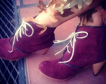 Low heel leather boots / handmade women boots in leahter / Model Vivienne