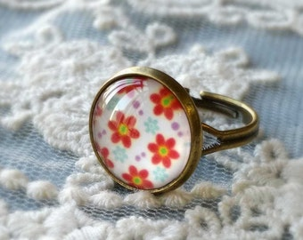 1 Piece of 14 mm Chrysanthemum Flower Pattern Antiqued Bronze Fingerring  (.cm)