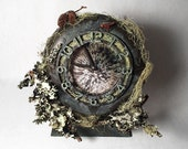 """ONE OF a KIND """"Tribute to Tacoma's Woods"""" Desk Clock"""