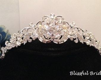Crystal Wedding Tiara, Pearl Wedding Headpiece, Bridal Headpiece, Rhinestone Tiara, Crystal Pearl Tiara, Pearl Headpiece, Tiara for Bride