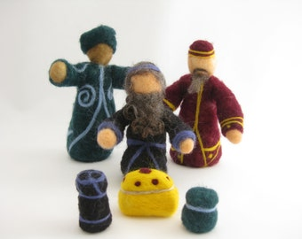Nativity set, 3 wise men with gifts, needle felted wool, Waldorf inspired miniatures, three magi